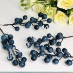 Ветка ягод синяя. 25 шт