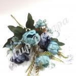 Букет розы пионовидной . Фиолетово голубой.