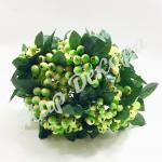 Ягоды калины декоративного зеленого цвета  готовый элемент цветочных композиций и любых зелёных инсталляций как в доме так для  дворовых композиций украсить дом беседку торжество