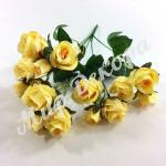 Букет из бутонов мелких роз. Желтый.