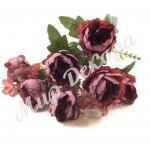Роза пионовидная марсаловая.