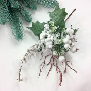 Новогоднее украшение. Белые ягоды. 6 штук.