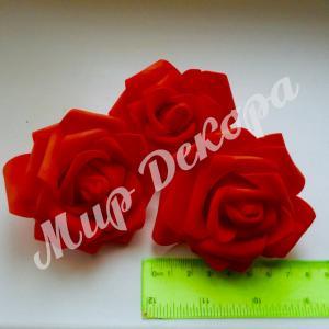 Голова розы латексной красная 8 см. 12 шт.